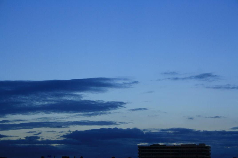 Sonnenuntergang blau