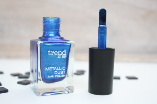 Trend It Up Metallic Dust 020