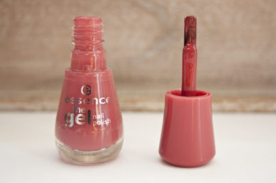 essence | 48 my love diary | Review & Swatches