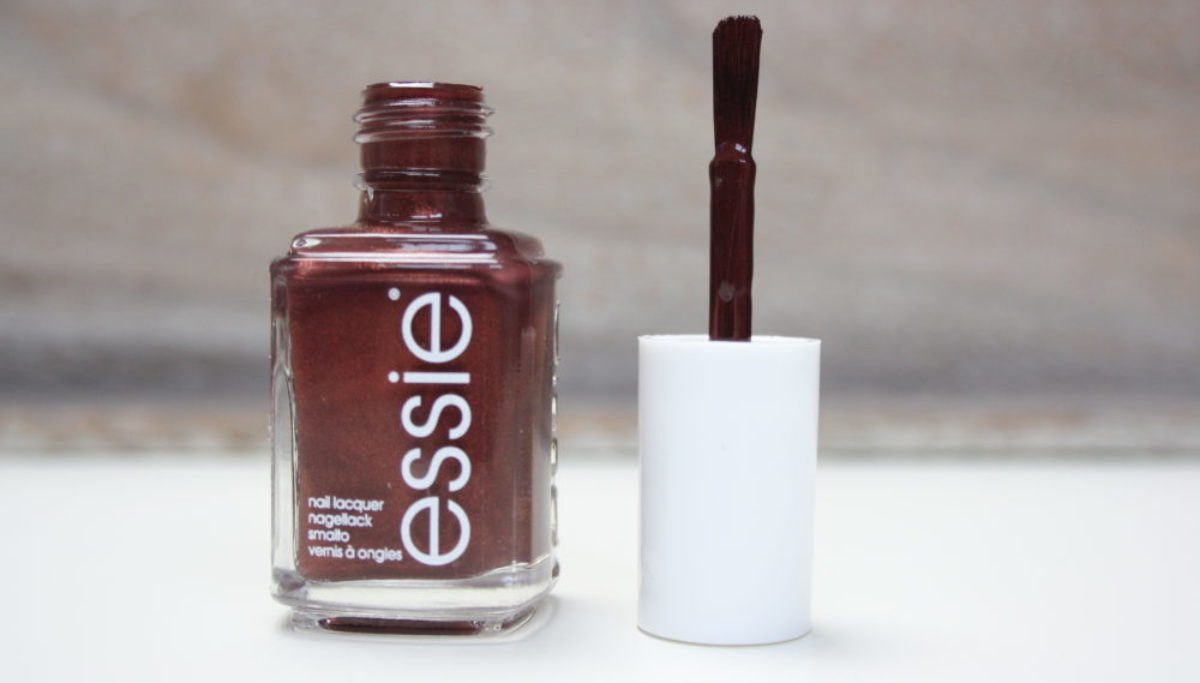 Essie | ready to boa